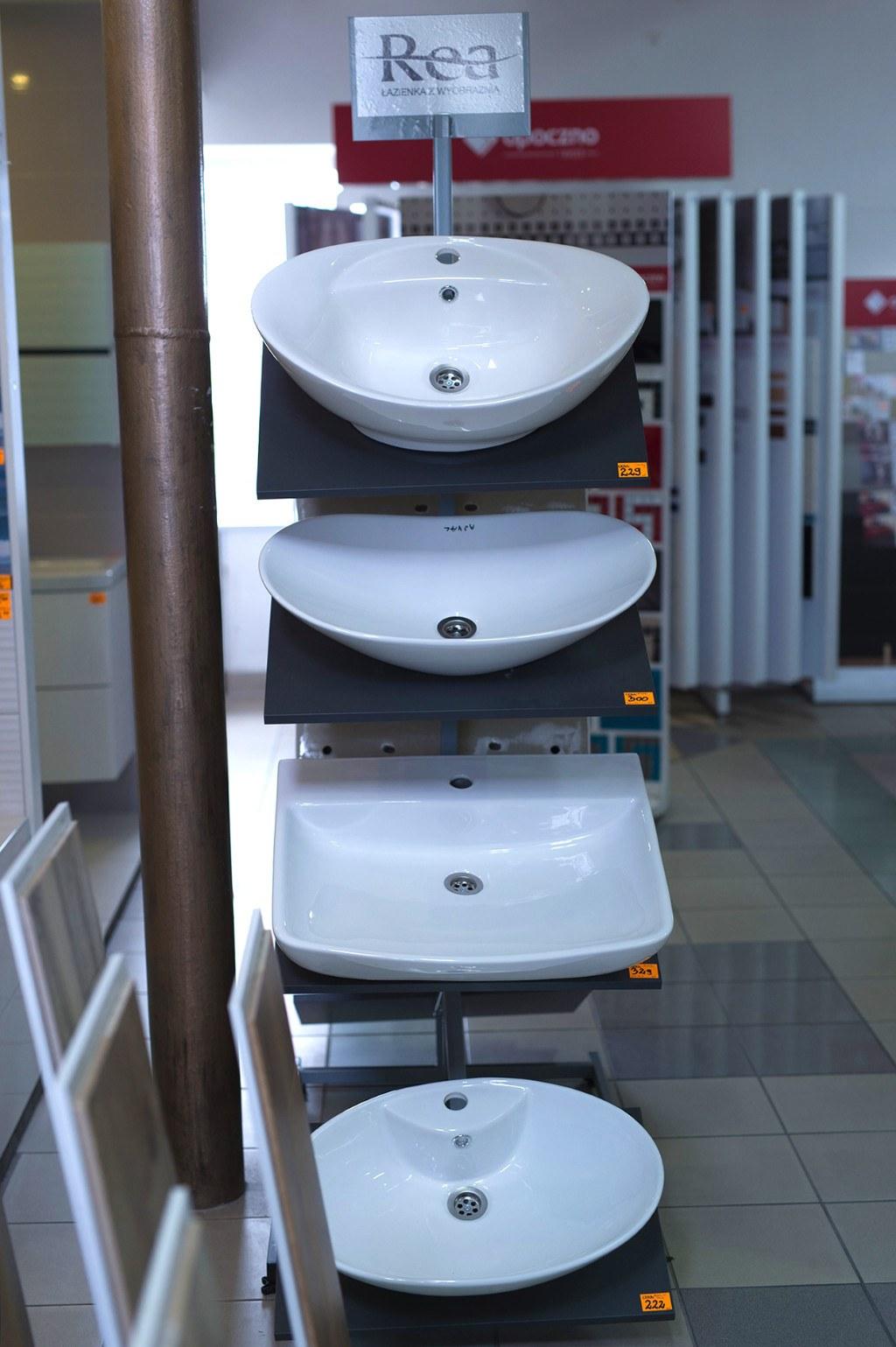 Zdjęcie sanitariów i armatury Szabelski nr 4